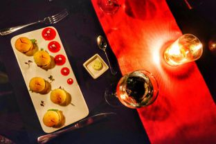 Foto 2 - Makanan(Mini Burger) di Platinum Grill oleh Oryza Sativa