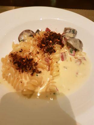 Foto 6 - Makanan di The Cafe - Hotel Mulia oleh ig: @andriselly
