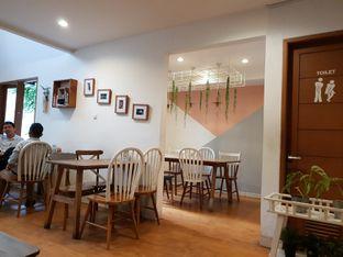 Foto 3 - Interior di Roti Eneng oleh Adhy Musaad