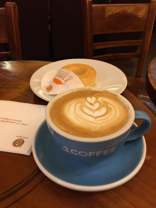 Foto 4 - Makanan di J.CO Donuts & Coffee oleh yudistira ishak abrar