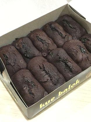 Foto 7 - Makanan di Kue Balok Brownies Mahkota oleh yudistira ishak abrar