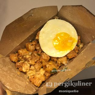 Foto - Makanan(Chicken Salted Egg Jumbo) di Eatlah oleh Monique @mooniquelie @foodinsnap