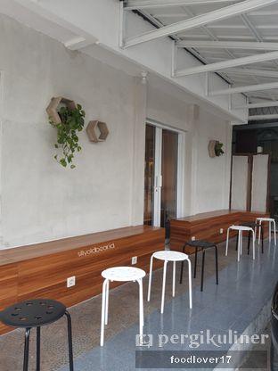 Foto 2 - Interior di Khayal Coffee Studio oleh Sillyoldbear.id