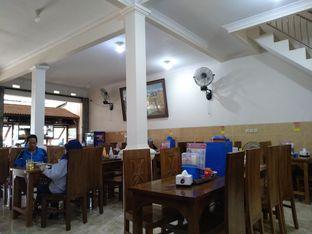 Foto 3 - Interior di Pondok Bakso Condong Raos oleh Rachmat Kartono