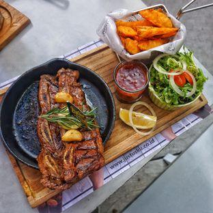 Foto 3 - Makanan(US Prime Short Ribs Steak) di Justus Steakhouse oleh Fadhlur Rohman