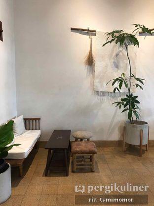 Foto 6 - Interior di Ombe Kofie oleh riamrt