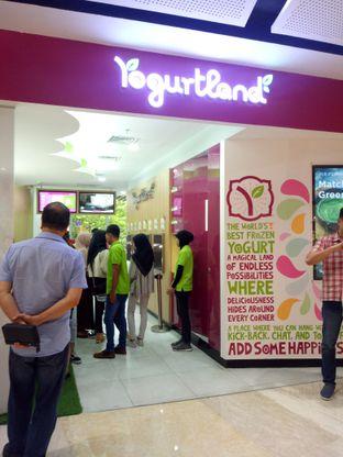 Foto 5 - Interior di Yogurtland oleh Clangelita