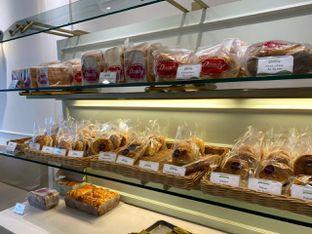 Foto 7 - Makanan di Dandy Co Bakery & Cafe oleh Duolaparr