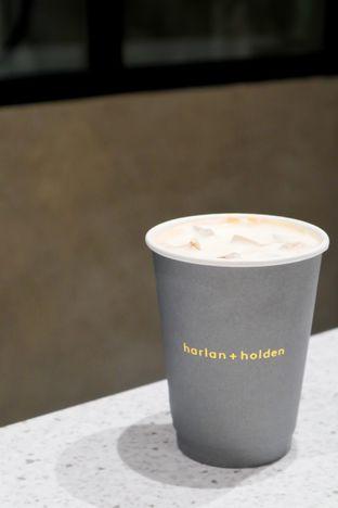 Foto 1 - Makanan di Harlan + Holden Because Coffee oleh thehandsofcuisine