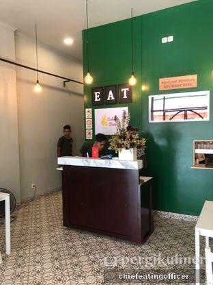 Foto 5 - Interior di Cobek Betawi oleh feedthecat