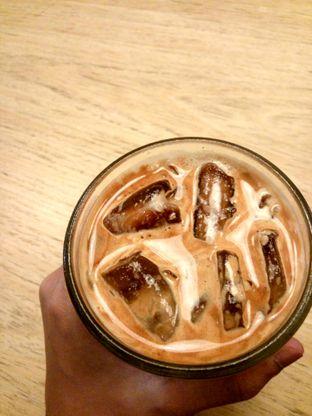 Foto 1 - Makanan(Ice Latte) di Yumaju Coffee oleh Fadhlur Rohman