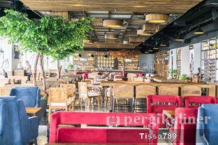 Foto 6 - Interior di Scenic 180° (Restaurant, Bar & Lounge) oleh Tissa Kemala