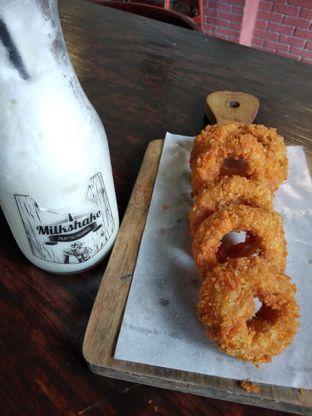 Foto 1 - Makanan di Momo Milk Barn oleh Rosalina Rosalina