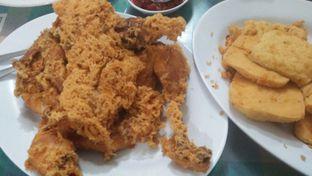 Foto 4 - Makanan di Ayam Goreng Suharti oleh Review Dika & Opik (@go2dika)