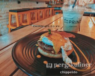 Foto 2 - Makanan di The Little Prince Coffee oleh Chippeido