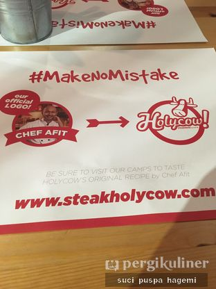 Foto 7 - Interior di Holycow! STEAKHOUSE by Chef Afit oleh Suci Puspa Hagemi