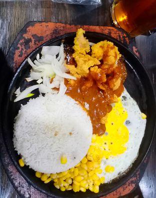 Foto - Makanan di Platter oleh Saskhia