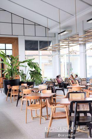 Foto 8 - Interior di Divani's Boulangerie & Cafe oleh Darsehsri Handayani