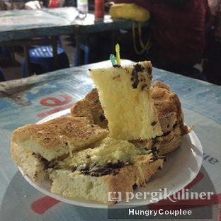 Foto 3 - Makanan di Roti Bakar Eddy oleh Hungry Couplee