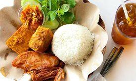 Ayam Penyet Surabaya & Mie Jogja Pak Karso