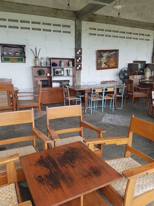 Foto 2 - Interior di Imah Nini Cafe & Galery oleh Andry Tse (@maemteruz)