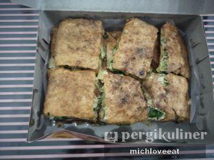 Foto 3 - Makanan di Martabak Sinar Bulan oleh Mich Love Eat