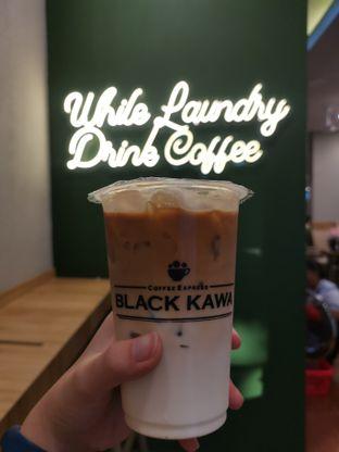 Foto - Makanan(Honey Latte ) di Black Kawa oleh Angela Debrina