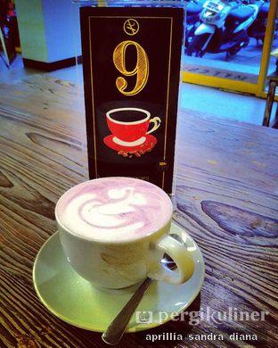 Foto 1 - Makanan(Taro Latte) di Yellow Truck Coffee oleh Diana Sandra