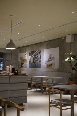 Foto 10 - Interior di 1/15 One Fifteenth Coffee oleh yudistira ishak abrar