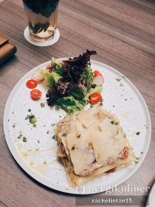 Foto 3 - Makanan(Creamy Truffle Lasagna) di Bakerzin oleh Rachel Intan Tobing
