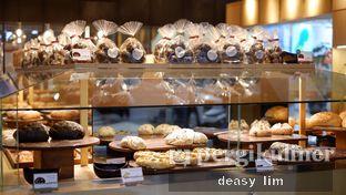 Foto 36 - Interior di Francis Artisan Bakery oleh Deasy Lim