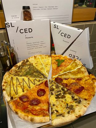 Foto 3 - Makanan di Sliced Pizzeria oleh Levina JV (IG : @levina_eat & @levinajv)