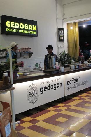Foto 3 - Interior di Gedogan Coffee House oleh Kuliner Addict Bandung