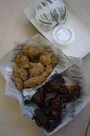 Foto 1 - Makanan di Wingstop oleh yudistira ishak abrar