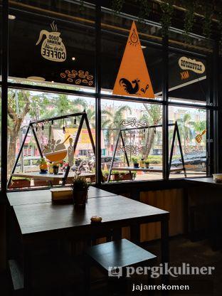 Foto 3 - Interior di Warung Kukuruyuk oleh Jajan Rekomen