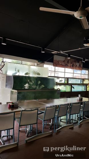 Foto 10 - Interior di Ever Fresh Fish Market oleh UrsAndNic