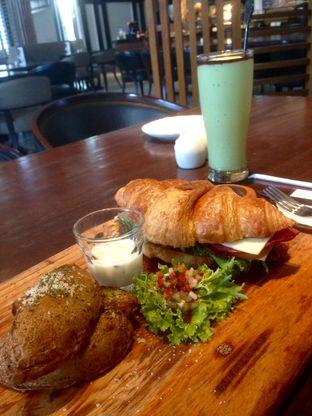 Foto 2 - Makanan di Buttercup Signature Boulangerie - Hotel Four Points by Sheraton oleh Elena Kartika