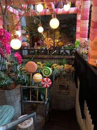 Foto 9 - Interior di The Garden oleh Deasy Lim