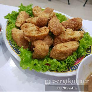 Foto 4 - Makanan(Lumpia Udang) di Ta Thao Chinese Resto oleh JC Wen