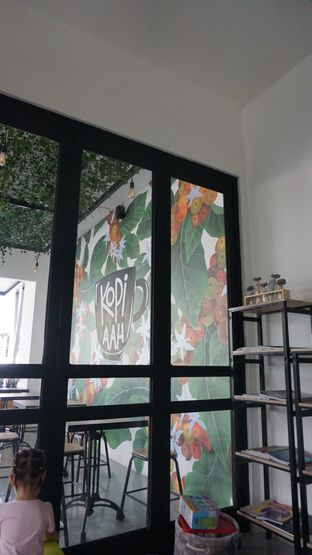 Foto 1 - Interior di Kopi Aah oleh Meri @kamuskenyang