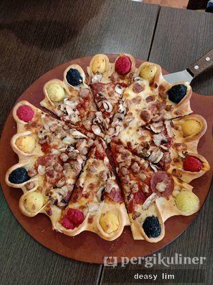 Foto 2 - Makanan di Pizza Hut oleh Deasy Lim