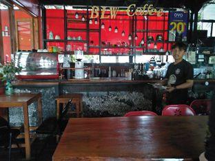 Foto 3 - Interior di BLW Cafe oleh irvan wahyudi