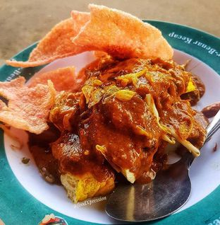 Foto - Makanan di Kupat Tahu Gempol oleh Eatandcrunch