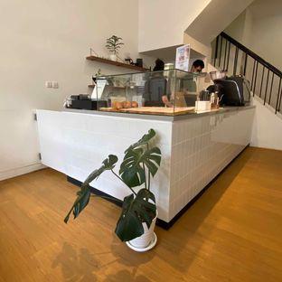Foto 9 - Interior di Ruach Coffee oleh Levina JV (IG : @levina_eat & @levinajv)