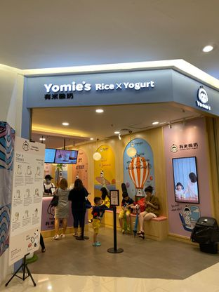 Foto review Yomie's Rice X Yogurt oleh Duolaparr  5