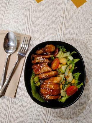Foto 2 - Makanan di Spinfish Poke House oleh @Itsjusterr