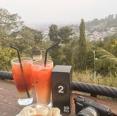 Foto thai tea, black tea, cireng di The Soko Coffee Tea Chocolate