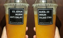 Es Jeruk Murni Anti Galau