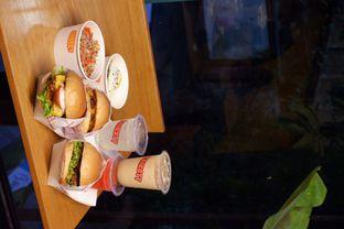 Foto review Thirsty & Hungry oleh yudistira ishak abrar 18