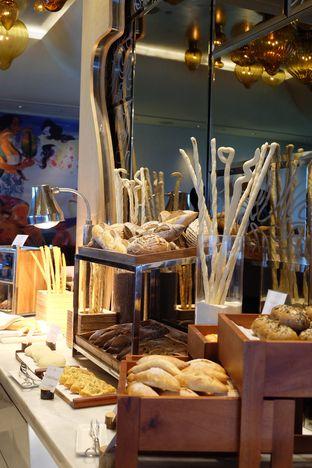 Foto 1 - Interior di Arts Cafe - Raffles Jakarta Hotel oleh Wawa | IG : @foodwaw